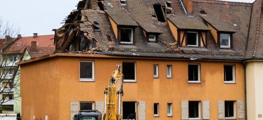 Det kan vara smidigast att anlita ett byggföretag